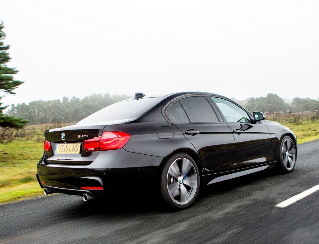 BMW 3 Series Saloon side rear action