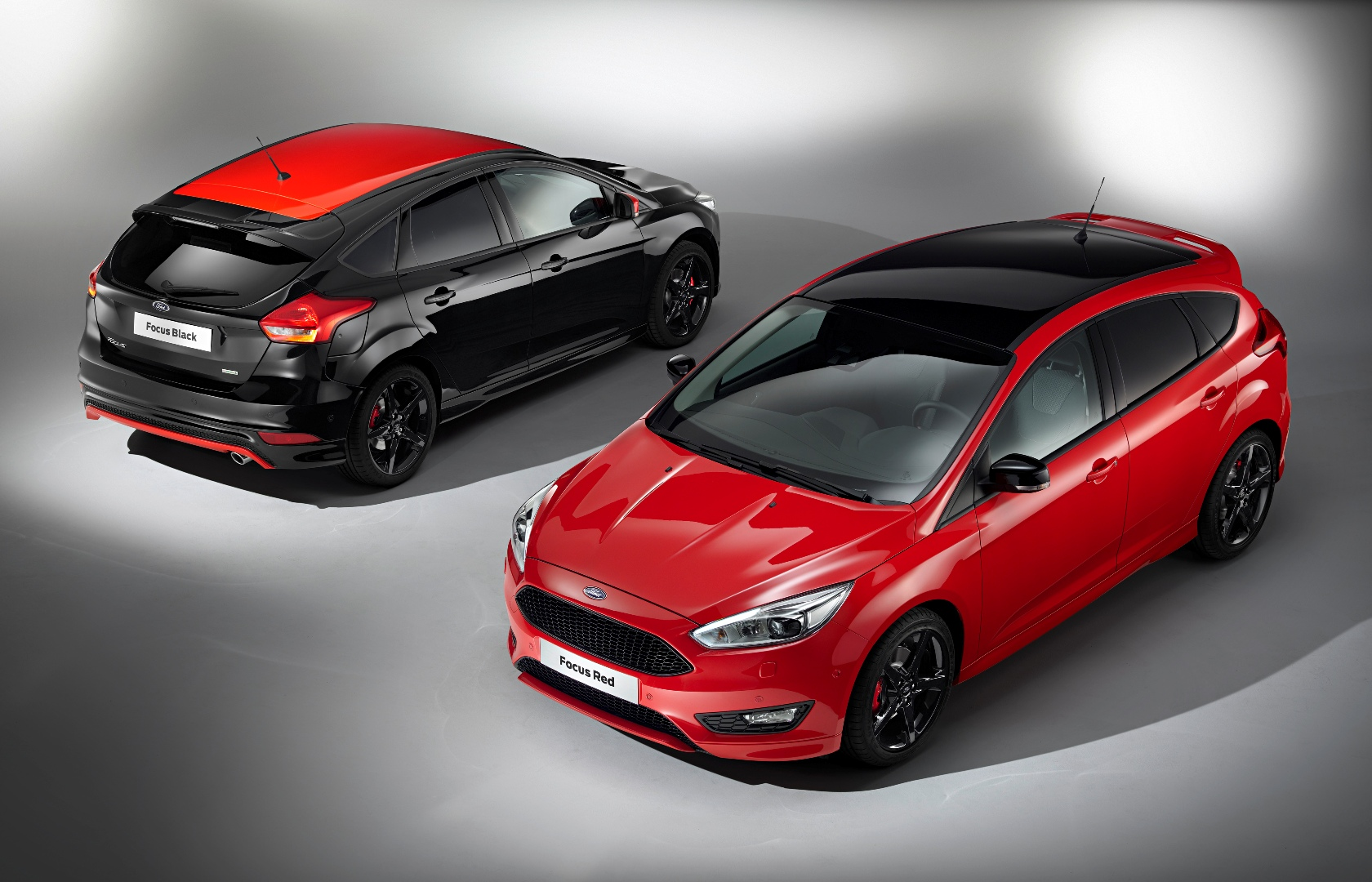 Ford Focus Zetec S Red and Black editions