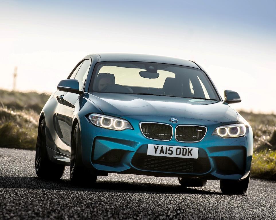 BMW M2 coupe front action copy
