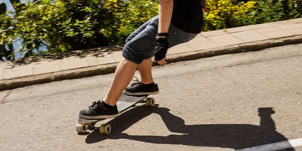 Best Longboards For Carving