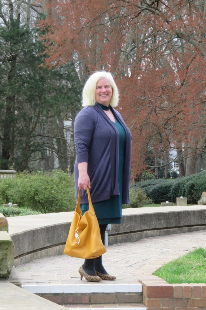 Work Outfit for Over 40, plus-size woman! whenthegirlsrule.com