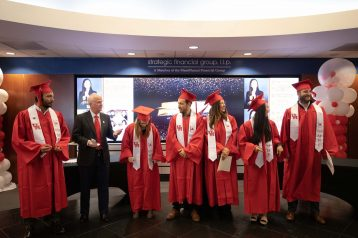 Executive_Education_Graduation-0041