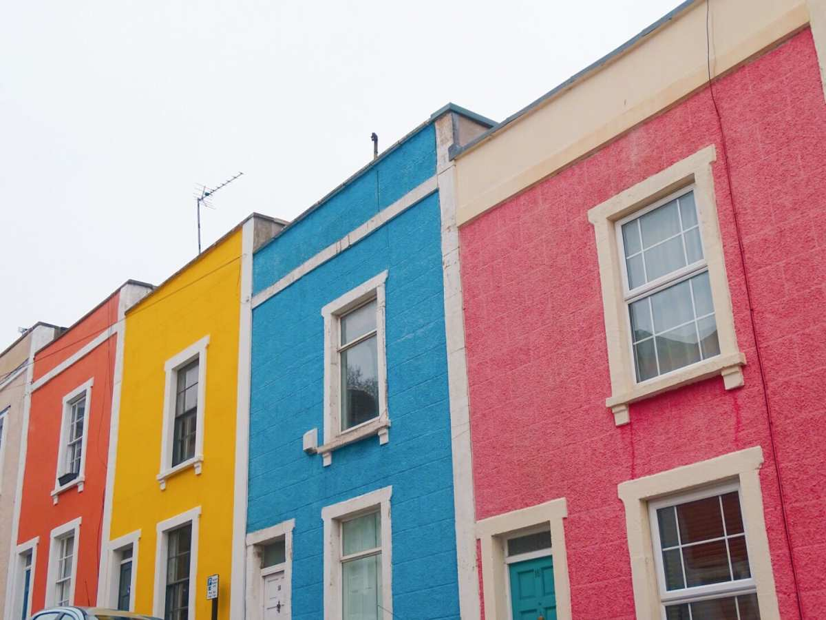 Where (and why!) to find the colourful houses of Clifton, Bristol