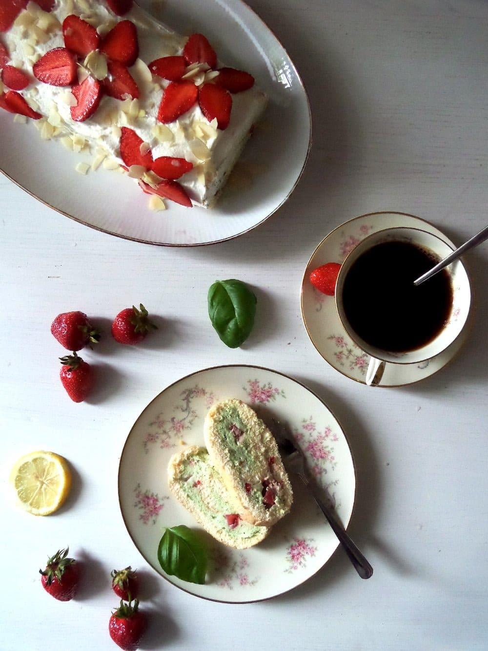 straberry and basil cake Strawberry Basil Roll
