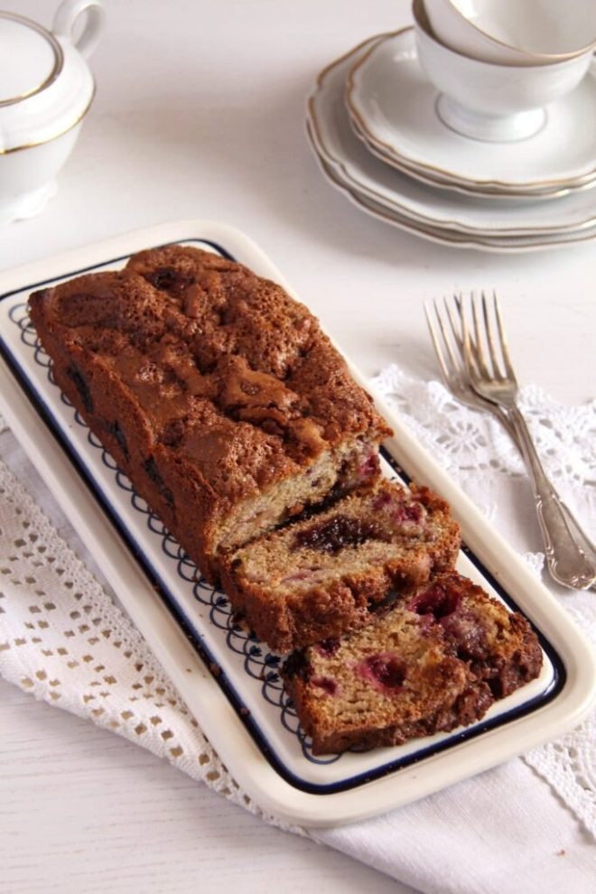 rhubarb bread 683x1024 Blackberry Rhubarb Bread