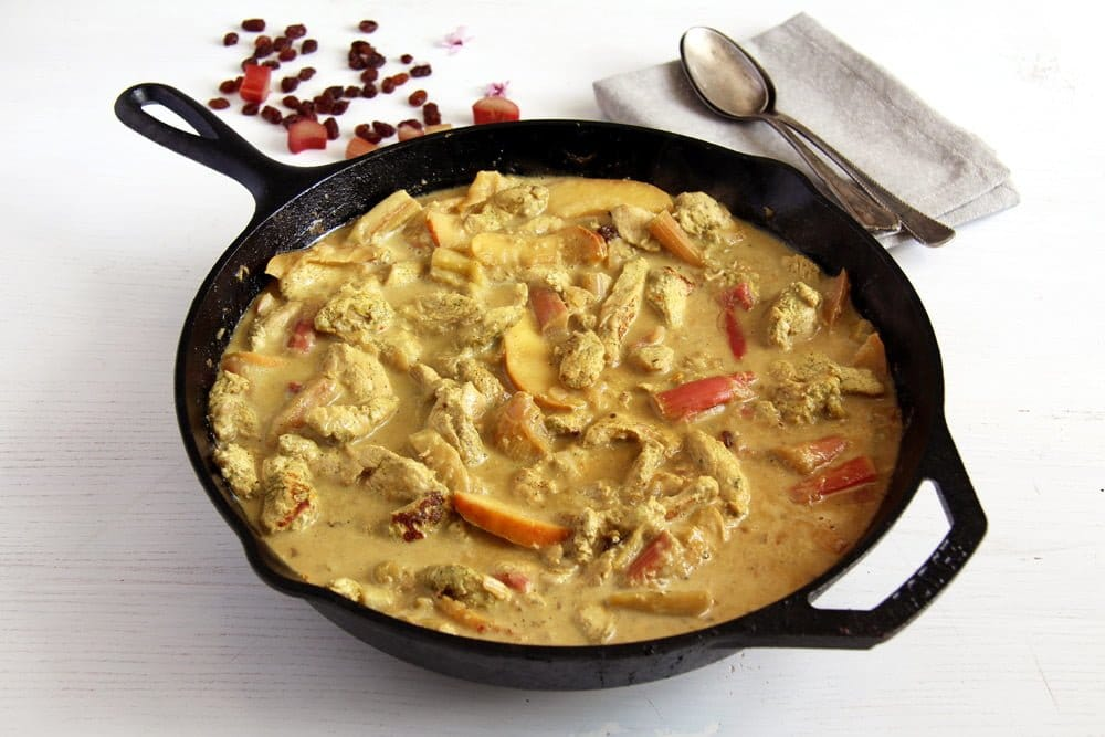rhubarb chicken curry Rhubarb Chicken Green Curry with Coconut Milk and Raisins