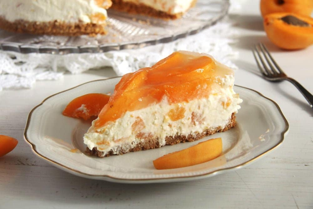 apricot cheese cake White Chocolate Apricot Cheesecake