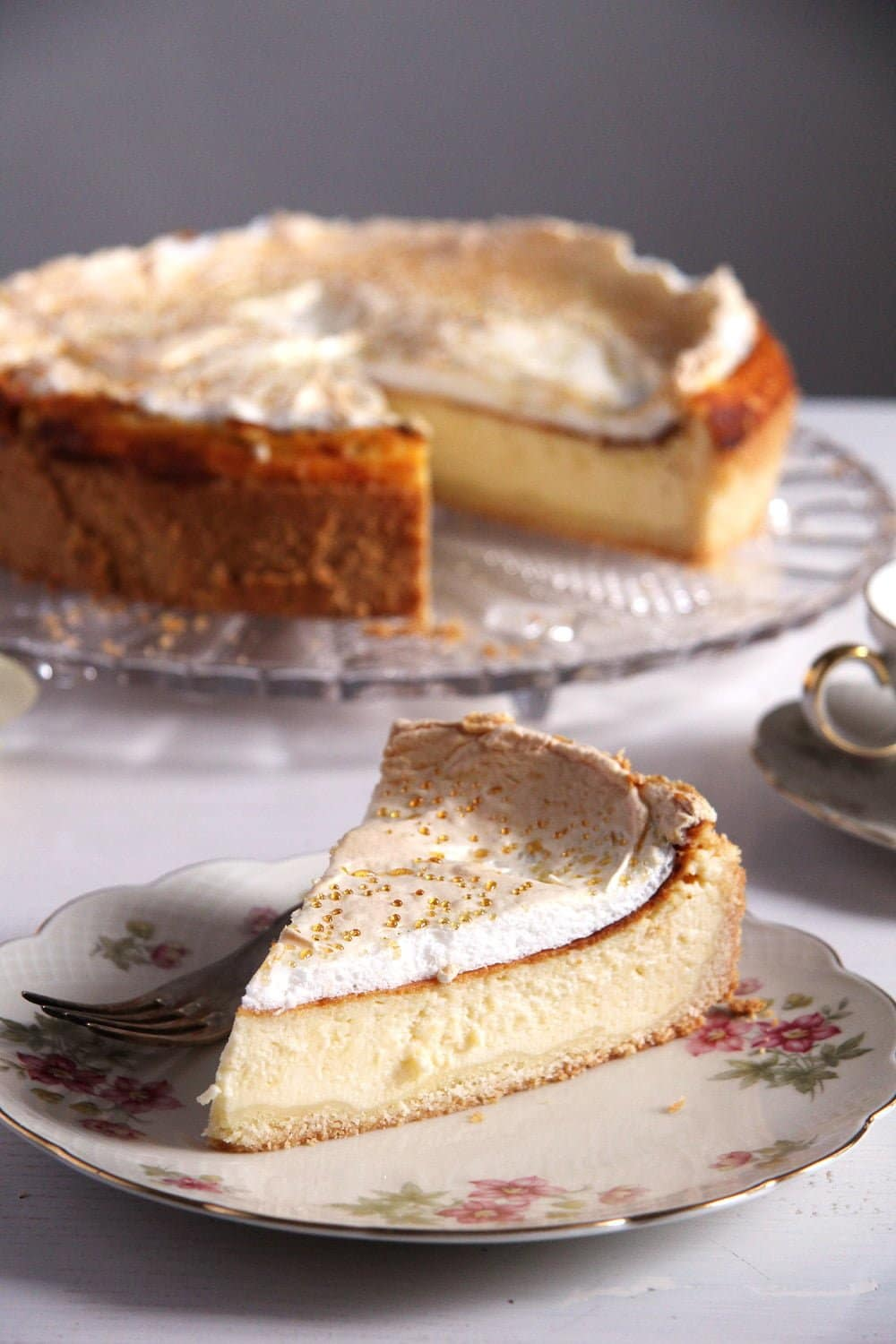 german cheesecake k%C3%A4se German Cheesecake with Low Fat Quark and Meringue Topping