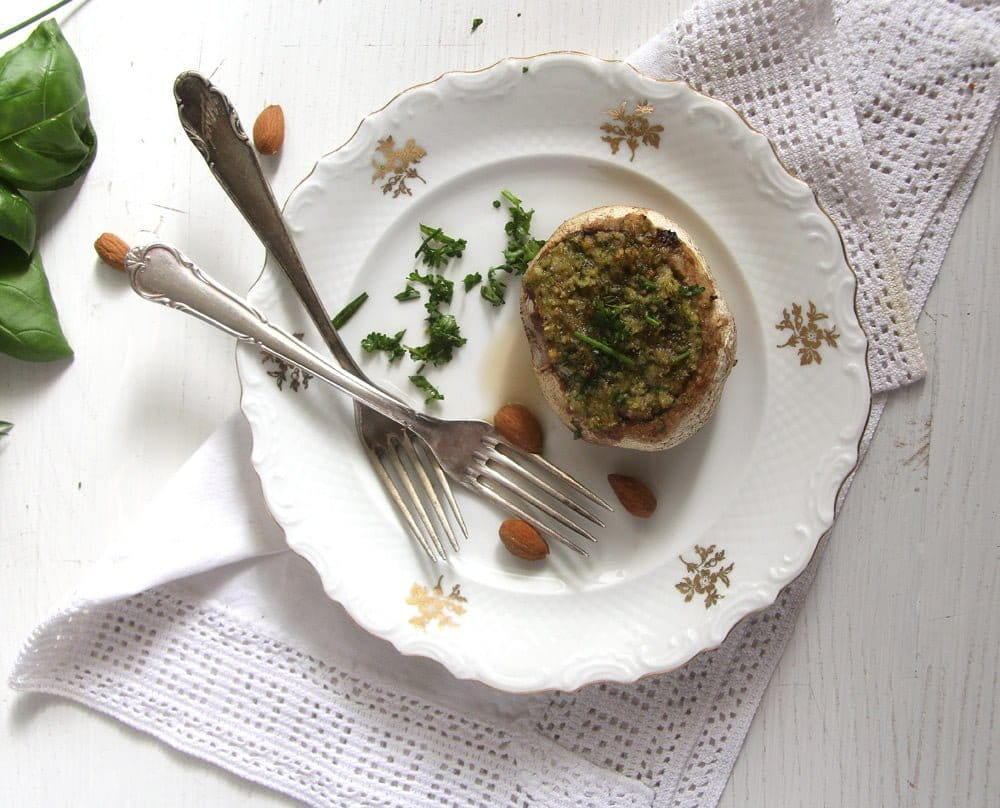 stuffed mushrooms almonds Mushrooms with Herb Butter and Almond Filling