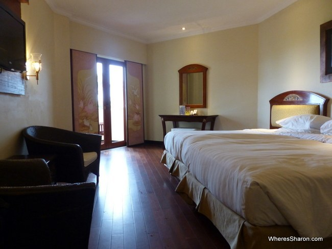 Grand Mirage Resort ocean view room