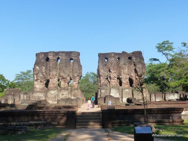royal palace at polonnaruwa ancient city