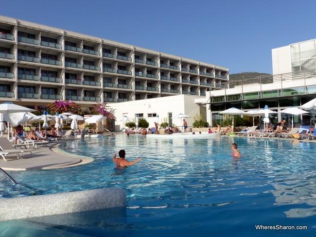 Bluesun Elaphusa Hotel
