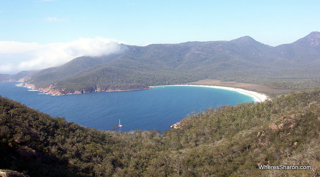 tasmania things to see and do at wineglass bay