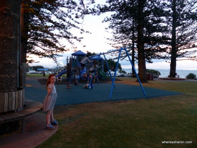 what to do at byron bay beach
