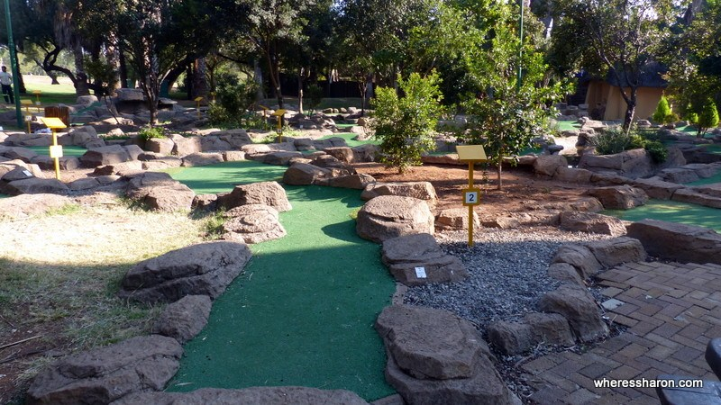 The mini golf course at Sun City near the Cabanas, one of those Sun City what to do things. Sun City South Africa attractions are plentiful. Activities Sun City sre like ying and yang.
