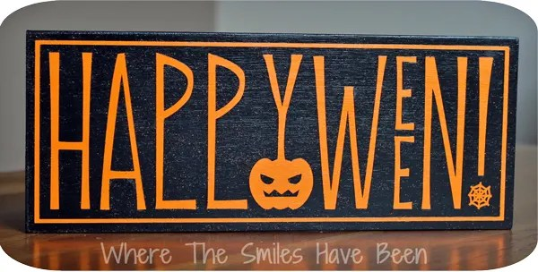 Happy Halloween Sign