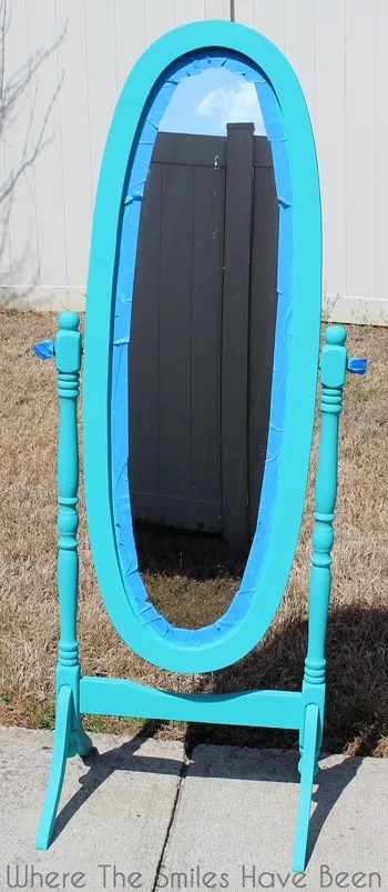 Hello Gorgeous! Mirror Makeover with Chalk Paint & Vinyl | Where The Smiles Have Been