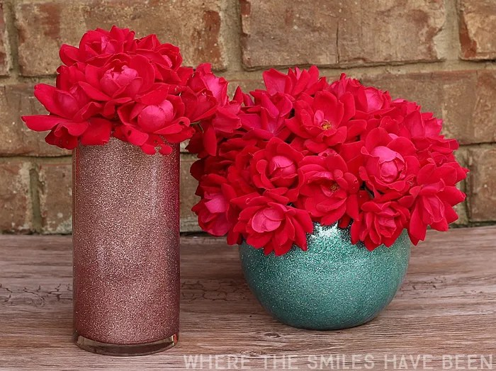 How To Make Glittered Vases Two Methods