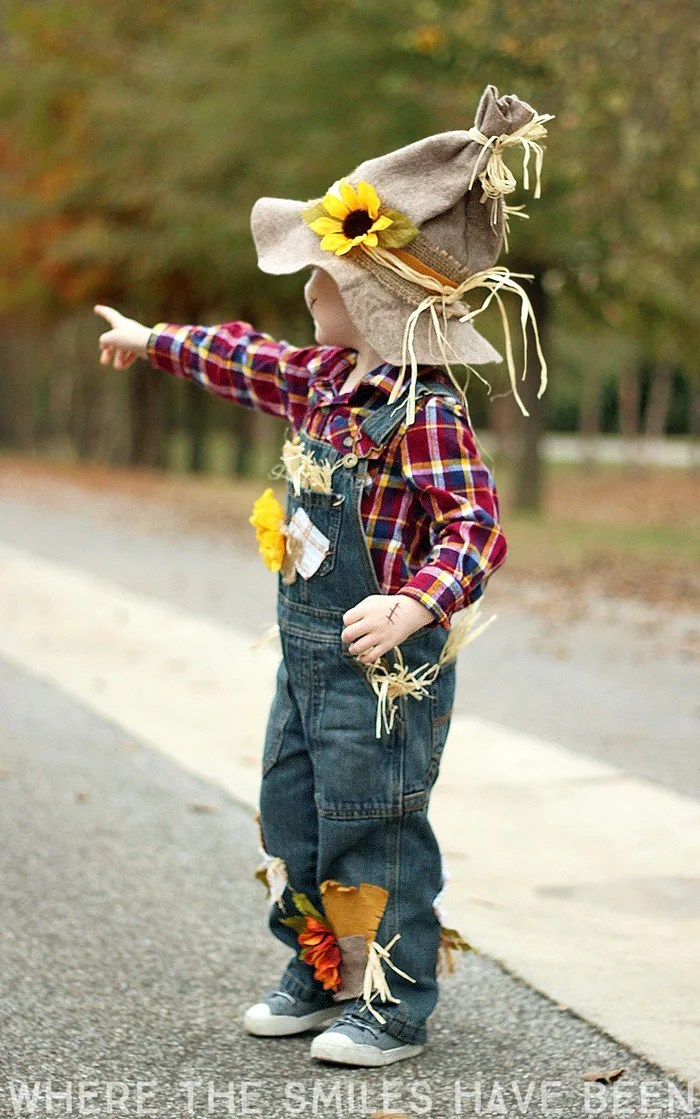 Learn how to make this DIY Scarecrow Costume that works great for toddlers, kids, & adults! | Where The Smiles Have Been
