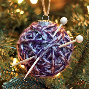 How to Make a Yarn Ball Ornament: Two Methods!