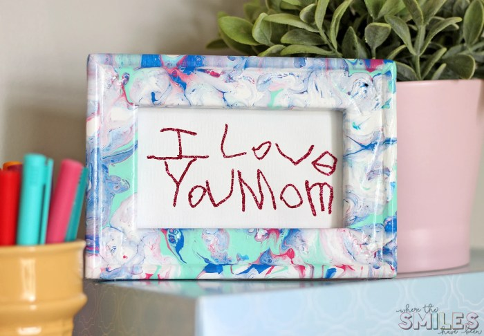 How to Turn a Note or Drawing into Framed Art! | Where The Smiles Have Been #handwriting #kidsart #paintpouring #reversecanvas #HTV #Silhouette #Cricut