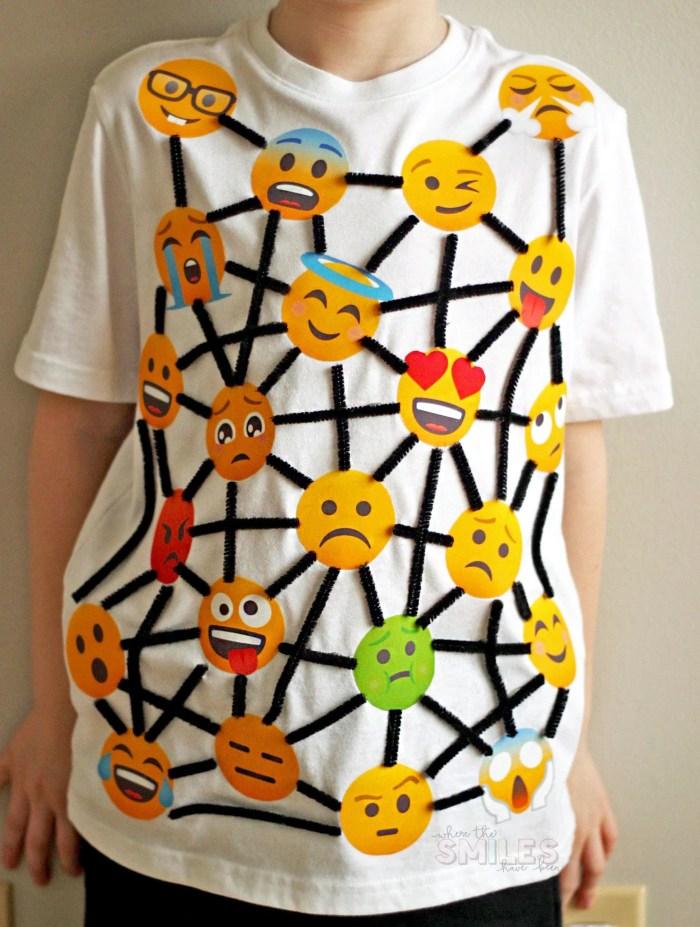 School Vocabulary Parade Costume Idea: Ambivalent | Where The Smiles Have Been #VocabularyParade #SchoolProject #SchoolVocabularyParade #VocabularyParadeCostume #Emoji #PrintableHTV #Silhouette #Cricut