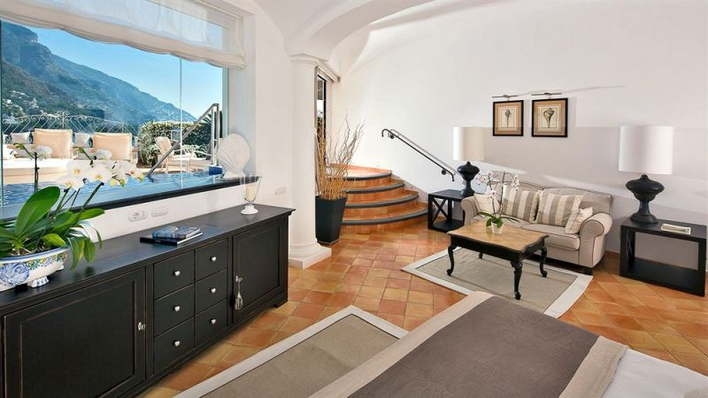 positano apartment vs hotel