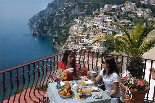 best time to visit positano