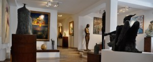 what to see in positano - art gallery