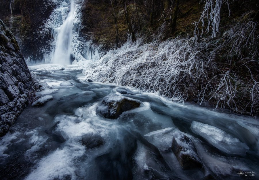horestail falls oregon ice waterfall william woodward