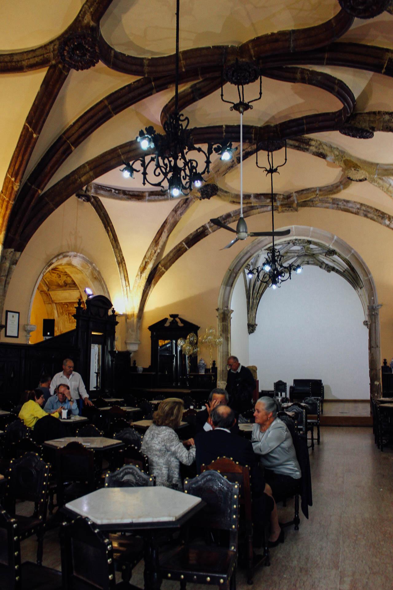 Santa Cruz Café, Coimbra