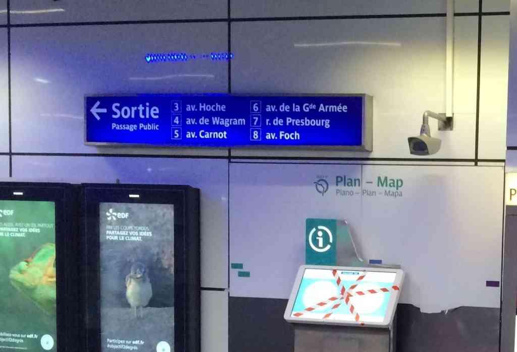 Sortie numbers in Paris metro