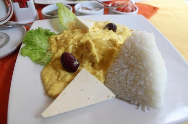Typical foods in Peru: Aji de gallina