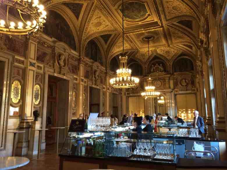 Vienna Opera House food and bar