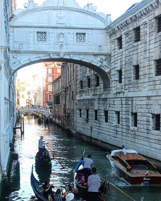 24 hours in venice - bridge of sighs