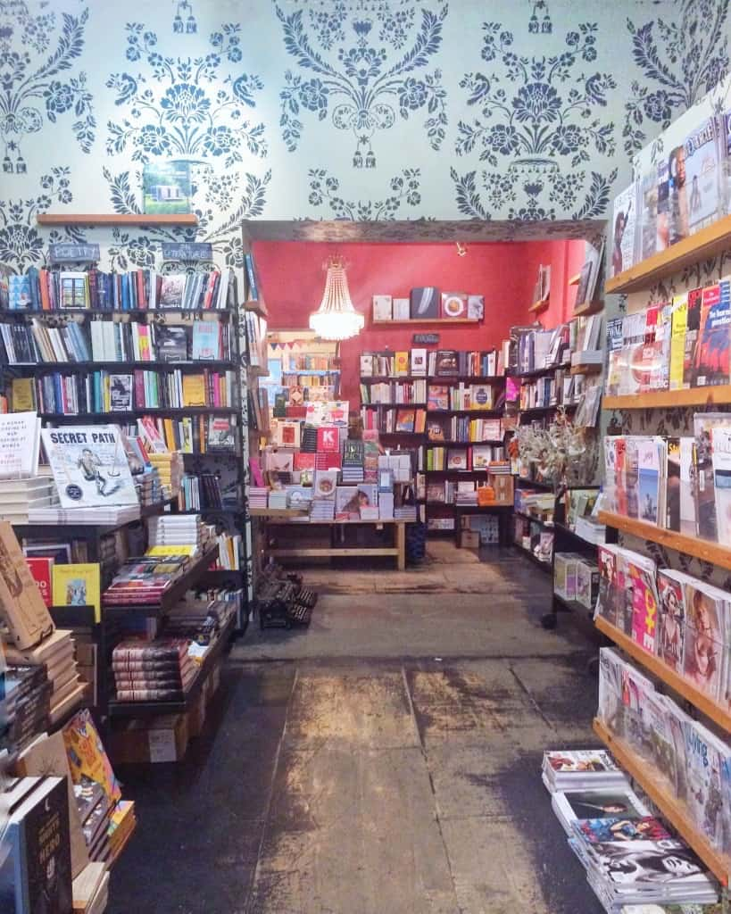 Free things to do in Toronto - Type Books on Queen Street West