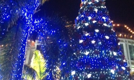 Tutuban Center opens up the holiday season with a giant Christmas tree lighting