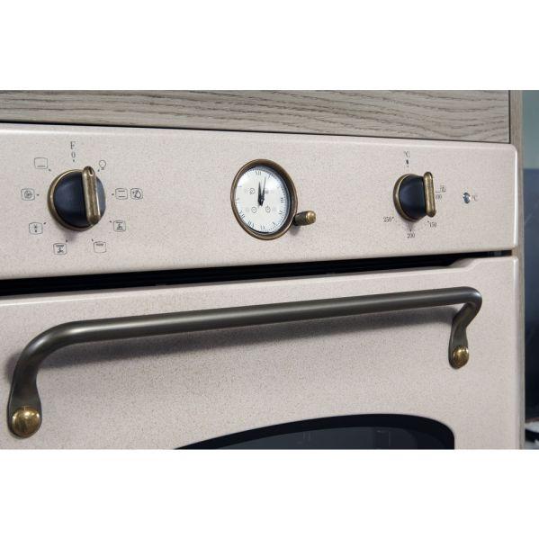 Cuptor electric incorporabil Hotpoint : auto-curățare