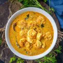 Prawn Coconut Curry Recipe (Step by Step + Video) - Whiskaffair