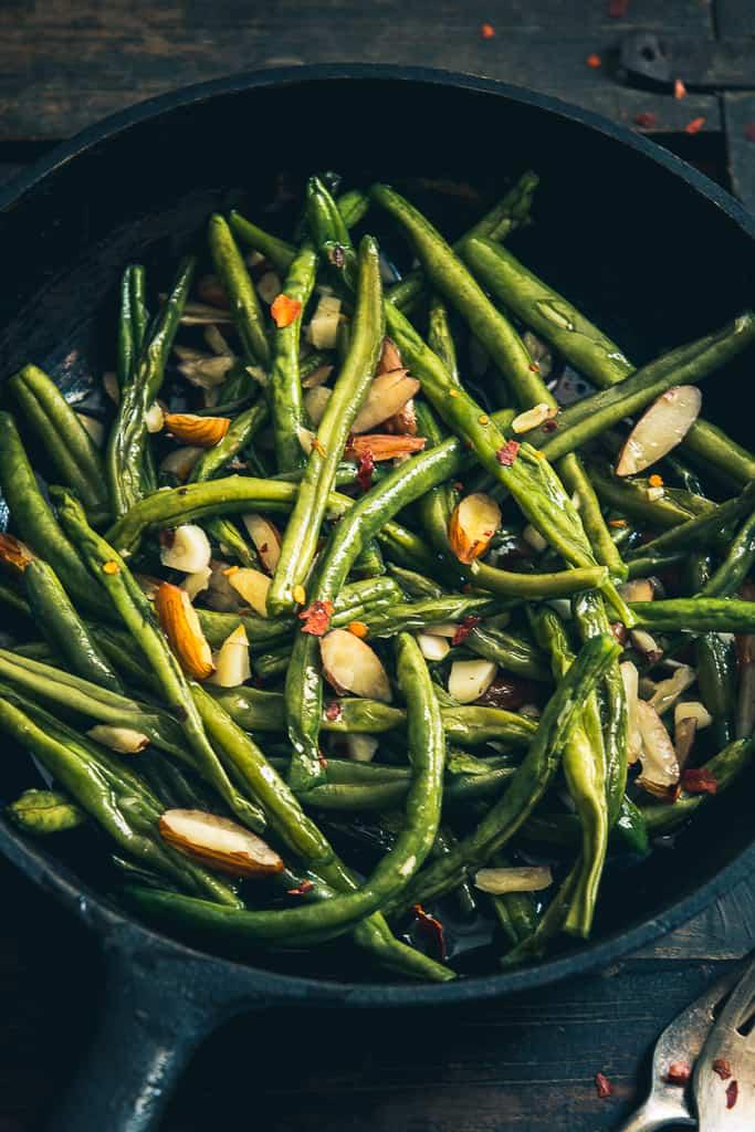 Sautéed Garlic Almond Green Beans recipe at home