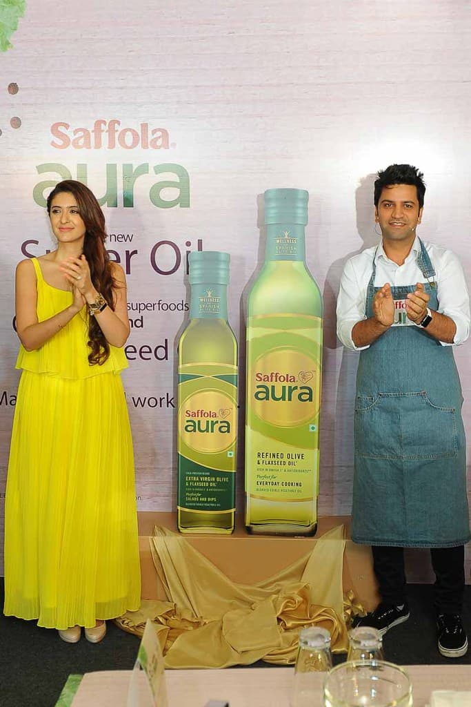 Saffola Aura – The new Super Oil with Olive Oil and Flaxseed Oil