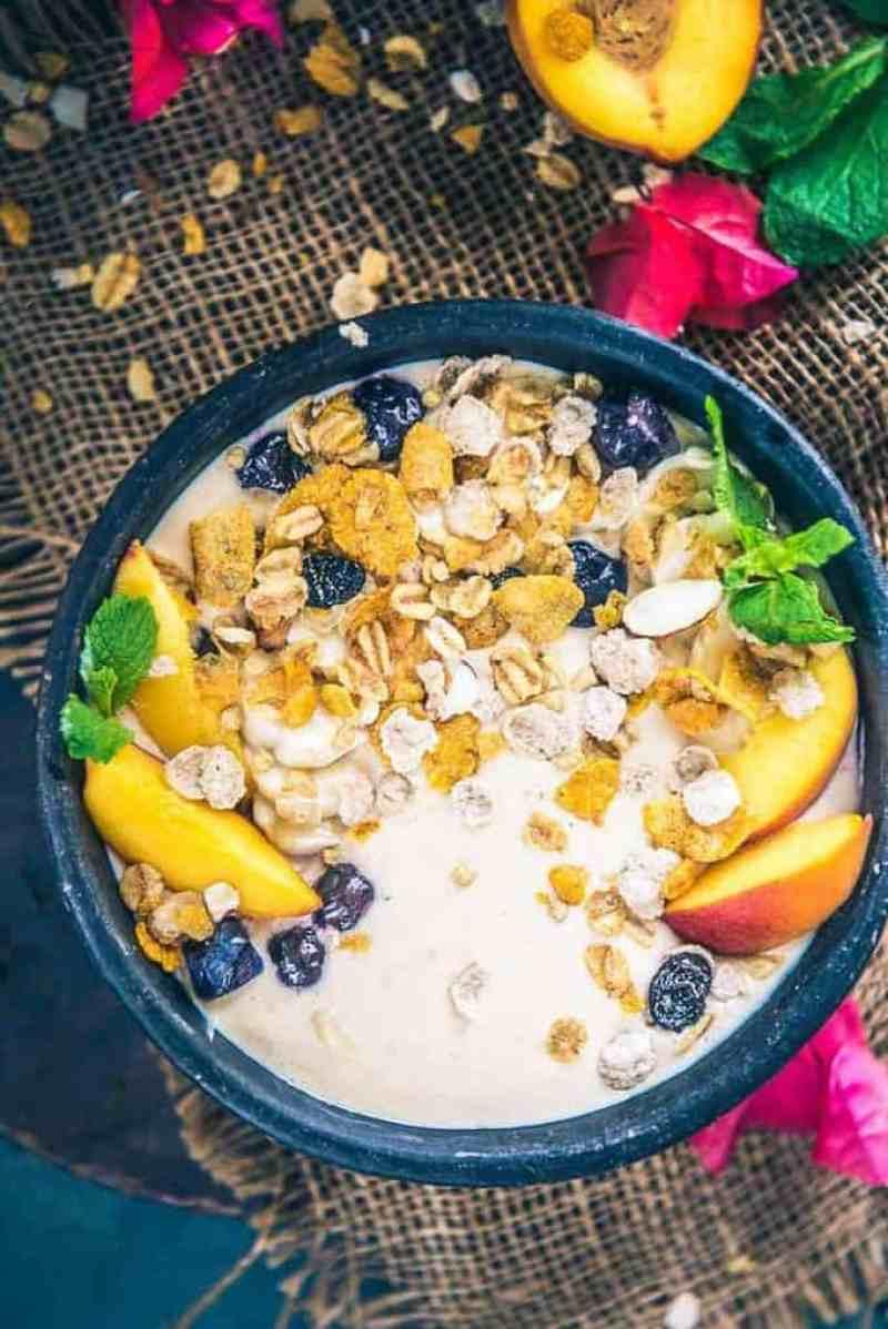 Peach Oat Smoothie Bowl, Peach Smoothie Recipe, Peachy Oat Smoothie, frozen peach smoothie, healthy peach smoothie, peach smoothie with yogurt, peach banana smoothie recipe,