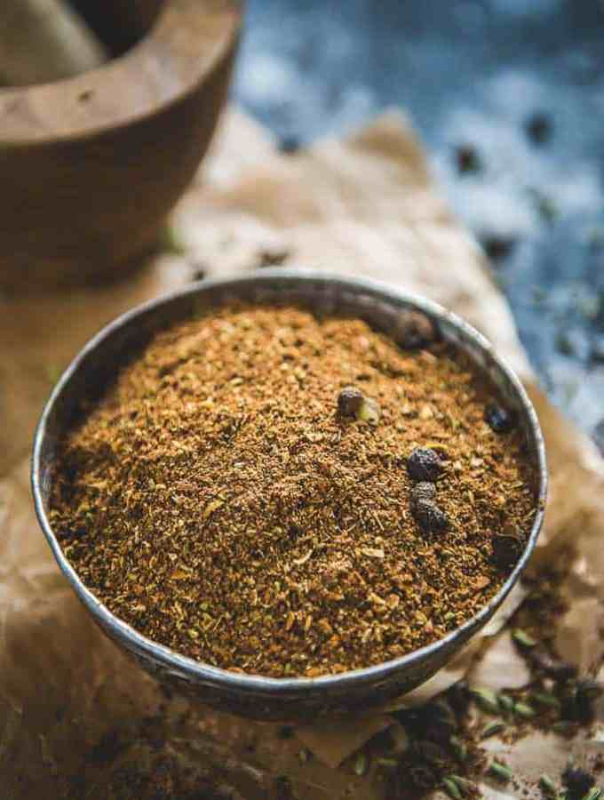 A fine mix of roasted spices like black peppercorn, star anise, nutmeg and more, Kerala Garam Masala changes your ordinary curry or dal in a whiff!. Use in Kerala Style recipes or the regular recipes.