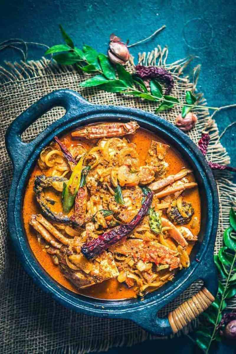 Kerala Crab Curry or Njandu Curry is crab cooked with spices & cooconut milk. There is a hint of sour from Kudampuli which gives it a very traditional taste.