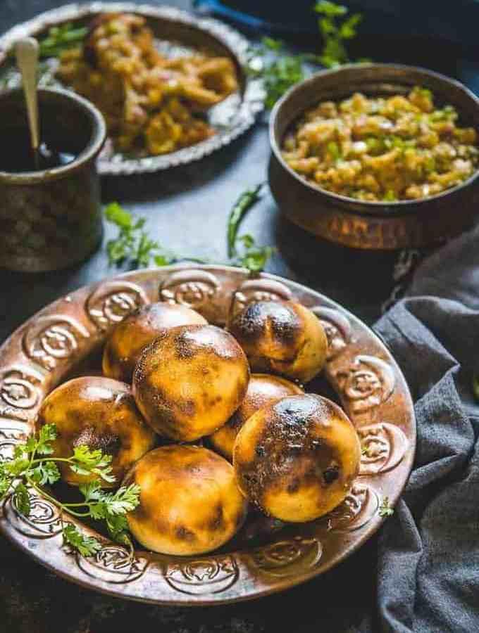 Litti Chokha is a traditional Bihari and Jharkhandi dish that is quite similar to Rajasthani Baati but still very different.