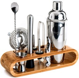 A picture of a cocktail set