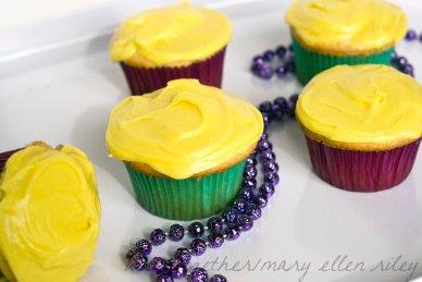 King Cake Cupcakes_2cr