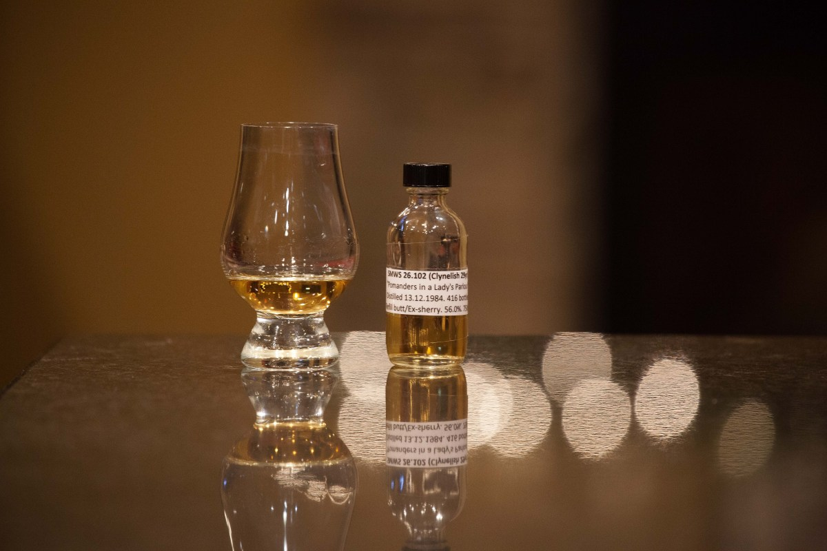 """SMWS 26.102 """"Pomanders in a Lady's Parlour"""" (Clynelish 29) Review"""