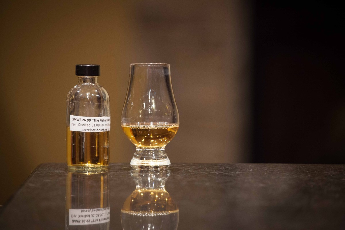 """SMWS 26.99 """"The Fisherman's Friend"""" (Clynelish 23) Review"""