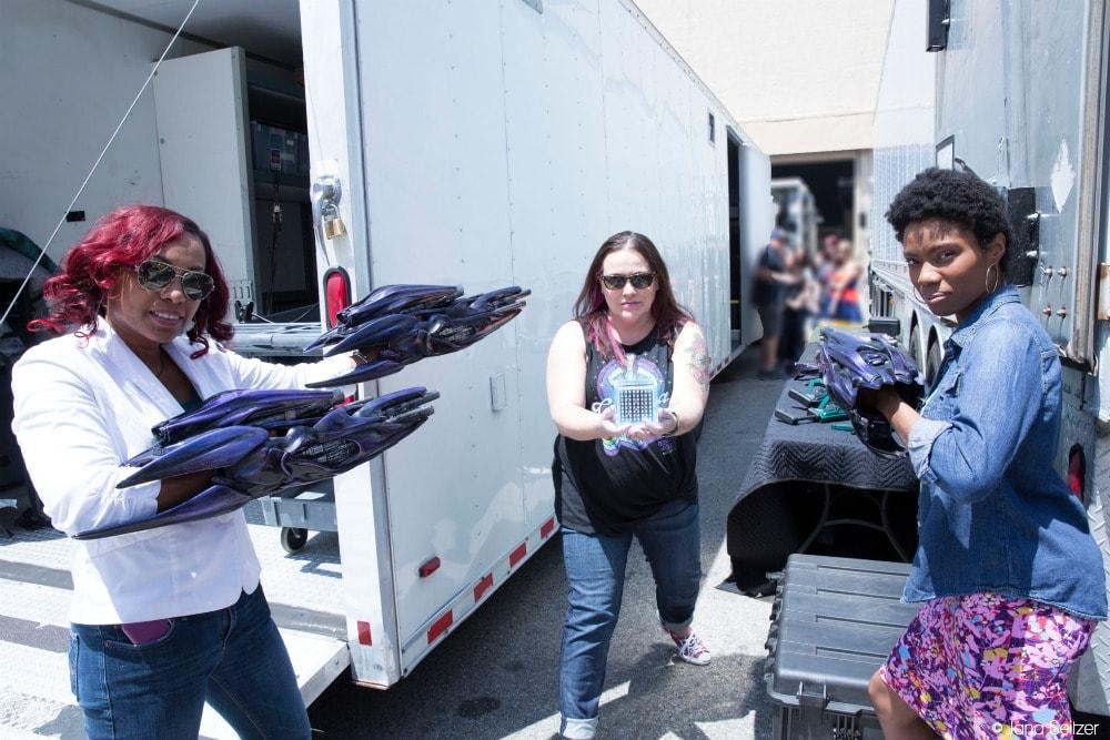 Captain Marvel Set visit Tesseract and blaster prop fun